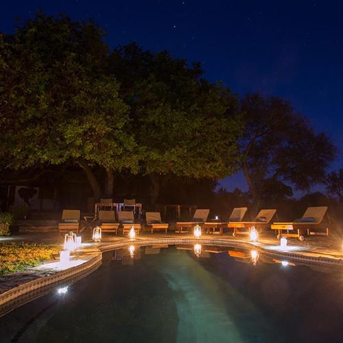 zwembad-night-500